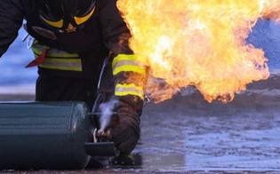 http://www.seguonews.it/caltanissetta-si-ustiona-per-lo-scoppio-di-una-bombola-a-prestare-i-primi-soccorsi-vigile-del-fuoco-fuori-dal-servizio