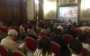 http://www.seguonews.it/a-caltanissetta-il-convegno-microcredito-alle-imprese-tanti-gli-interventi-di-imprenditori-professionisti-e-operatori-del-credito