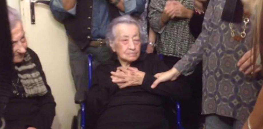 """E' morta """"zia Dedè"""", la donna di 113 anni tra le più longeve d'Italia: se n'è andata nel sonno"""