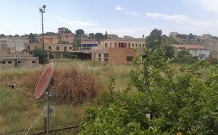 http://www.seguonews.it/via-xiboli-a-caltanissetta-a-rischio-incendi-un-nisseno-scrive-alla-protezione-civile