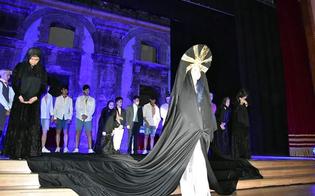 http://www.seguonews.it/caltanissetta-applausi-per-il-ratto-di-prosperina-portato-in-scena-dagli-studenti-della-luigi-russo