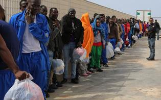 Cara di Caltanissetta, in arrivo altri migranti che verranno posti in qurantena. Via chi ha finito il periodo di isolamento