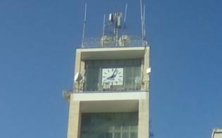 http://www.seguonews.it/gela-ci-sono-voluti-sette-anni-per-rivedere-in-funzione-lorologio-del-palazzo-di-citta