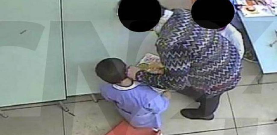 Bimbi maltrattati, insultati e picchiati in una scuola dell'infanzia: sospese sei maestre