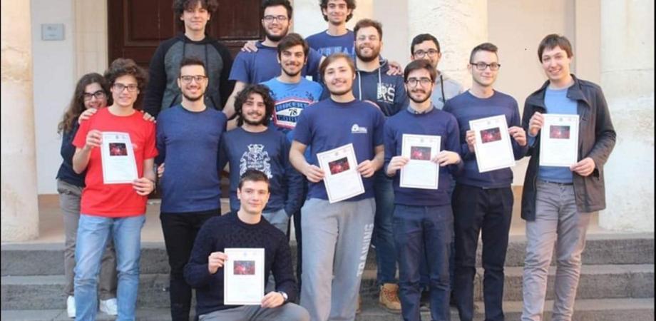 """Studente del """"Volta"""" di Caltanissetta tra i migliori alle Olimpiadi della Fisica partecipa a uno stage di eccellenza"""