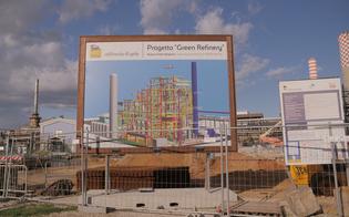http://www.seguonews.it/bonifiche-e-riconversione-green-della-raffineria-di-gela-eni-investiti-ad-oggi-1153-milioni-di-euro