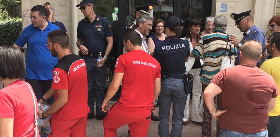 Caltanissetta, bloccata fuga di gas in via Turati. Le famiglie evacuate rientrano accompagnate dai vigili del fuoco