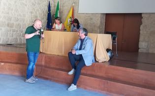 http://www.seguonews.it/aree-industriali-ex-asi-il-sindaco-gambino-agli-imprenditori-le-questioni-di-competenza-del-comune-saranno-subito-affrontate