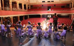 http://www.seguonews.it/sul-palco-del-teatro-rosso-di-san-secondo-di-caltanissetta-la-scuola-di-danza-scarpette-rosse