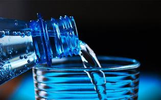 http://www.seguonews.it/caldo-attenzione-ai-piu-piccoli-ecco-i-consigli-per-farli-bere-di-piu-necessari-almeno-otto-bicchieri-di-acqua-al-giorno