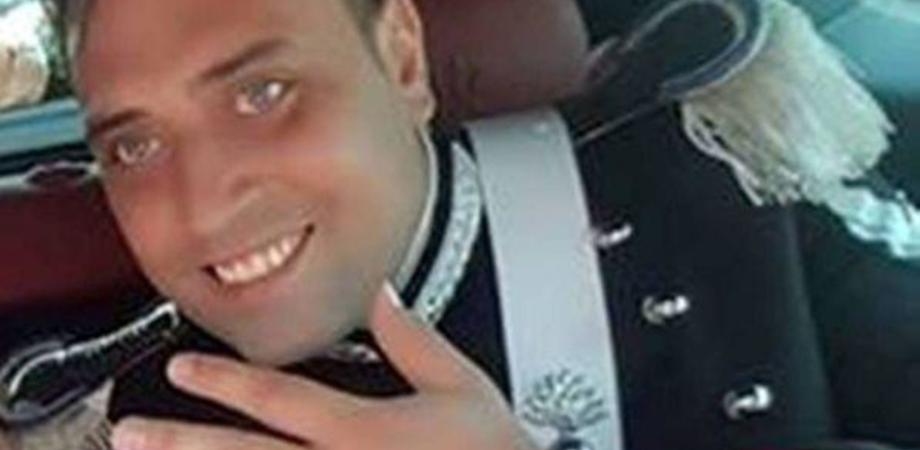 """Carabiniere ucciso a coltellate: due persone ricercate. Salvini: """"Lavori forzati per il bastardo assasino"""""""