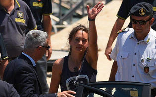 http://www.seguonews.it/sea-watch-il-gip-non-convalida-larresto-carola-e-libera-lira-di-salvini