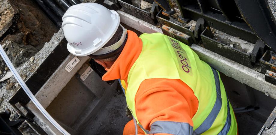 Da lunedì a Caltanissetta lavori per il cablaggio in fibra ottica. Ecco i divieti e le strade interessate