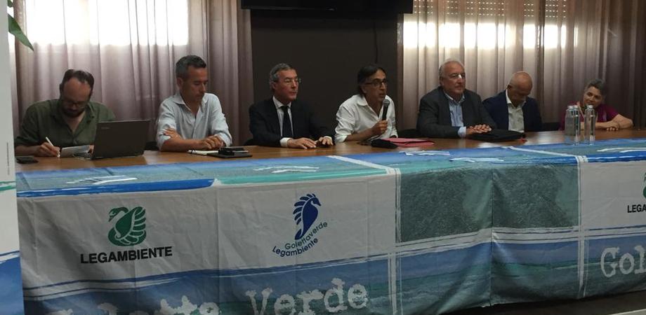 Goletta Verde a Gela, Legambiente: bonifiche e riconversione della Raffineria continuano a tardare