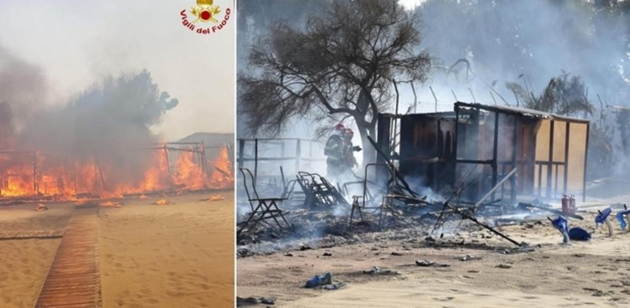 Incendio alla Plaia di Catania: lidi distrutti, auto bruciate, cinque feriti. Voli dirottati su Palermo