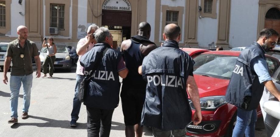 Prostituzione e droga, nuovo colpo alla mafia nigeriana: 10 fermi a Palermo