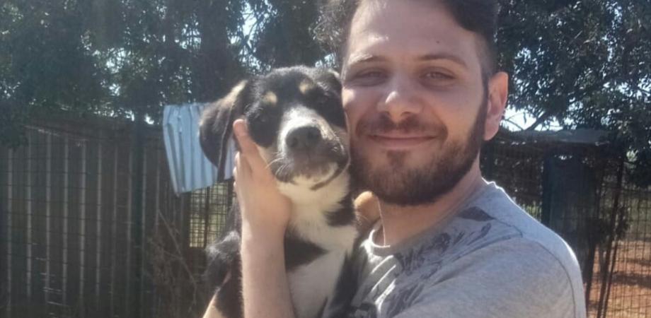 """Il nisseno Marco D'Arma adotta un cane: """"Ecco come ci si sente, un gesto che dovrebbero fare tutti"""""""