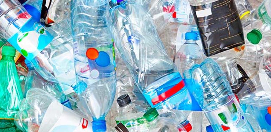 Gela, raccolta di plastica e lattine: il giorno di Ferragosto il servizio verrà sospeso