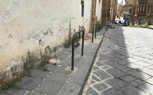 http://www.seguonews.it/caltanissetta-criticita-e-gestione-della-biblioteca-scarabelli-tre-consiglieri-comunali-interrogano-il-sindaco