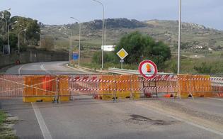 http://www.seguonews.it/strada-per-pietraperzia-interrotta-orgoglio-nisseno-riapriamo-la-vecchia-strada