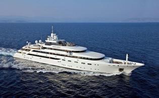https://www.seguonews.it/le-eolie-prese-dassalto-dai-vip-sfilano-mega-yacht-di-lusso-appartenenti-ai-miliardari-del-mondo