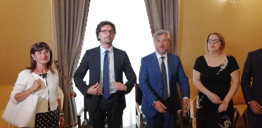 """Il ministro Toninelli a Caltanissetta: """"Le strade siciliane? I soldi ci sono. Fermi per inerzia dei governatori"""""""