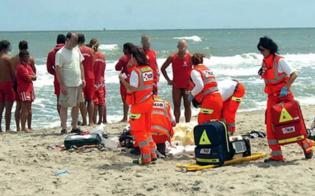 http://www.seguonews.it/tragedia-in-provincia-di-messina-diciassettenne-si-tuffa-in-mare-e-muore