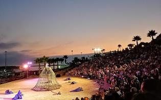 http://www.seguonews.it/prometheus-inaugura-villa-greca-un-successo-lapertura-a-gela-di-un-teatro-donato-alla-citta-da-un-imprenditore