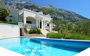 https://www.seguonews.it/gli-italiani-per-lestate-cercano-case-con-piscina-e-wifi-la-sicilia-al-primo-posto-tra-le-mete-piu-ricercate