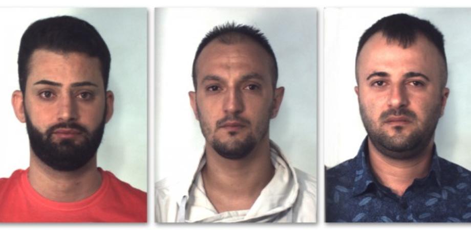 Furti in abitazione e su auto: tre arrestati. Con una semplice foto riproducevano le chiavi