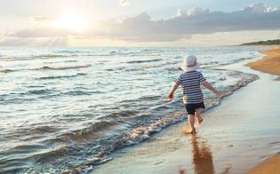 http://www.seguonews.it/sempre-piu-bambini-si-perdono-in-spiaggia-la-causa-principale-genitori-distratti-da-cellulari-e-smartphone