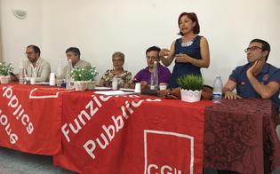http://www.seguonews.it/caltanissetta-stabilizzati-al-comune-43-precari-la-cgil-una-vittoria-dei-lavoratori