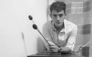 http://www.seguonews.it/musica-nei-giovedi-di-mezza-estate-al-via-a-caltanissetta-i-concerti-nellatrio-della-biblioteca-scarabelli