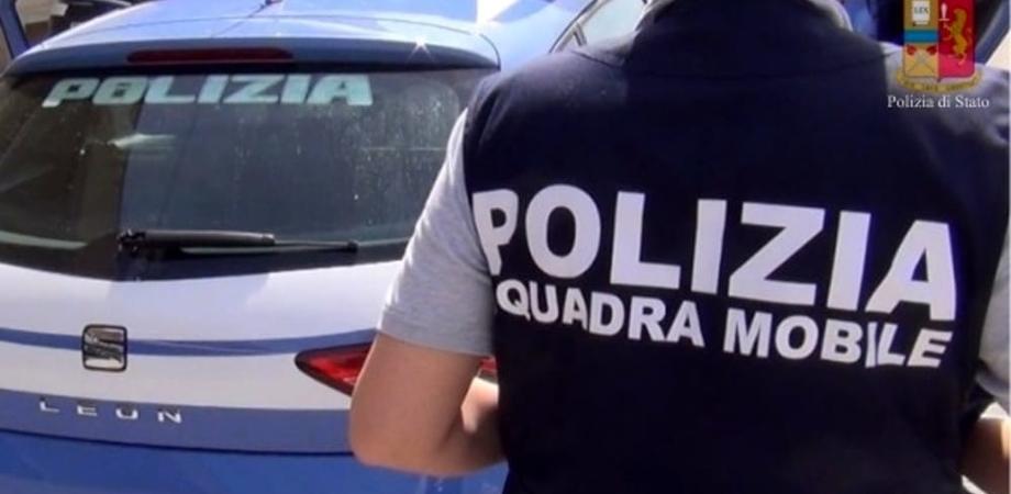 Tragedia familiare a Piazza Armerina, un uomo uccide a coltellate il padre all'interno di una macelleria