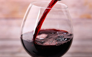 http://www.seguonews.it/il-vino-rosse-se-bevuto-con-moderazione-fa-bene-allintestino-lo-rileva-una-ricerca