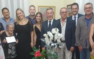 http://www.seguonews.it/nonna-maria-spegne-cento-candeline-gli-auguri-del-sindaco-di-gela-e-della-sua-giunta