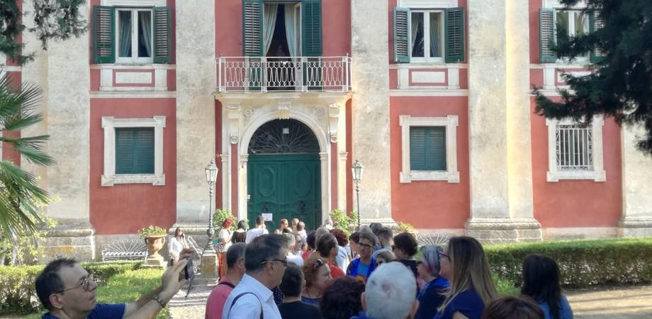 """""""Le Vie dei Tesori"""", a Caltanissetta tutti in fila per visitare le bellezze di Villa Testasecca"""