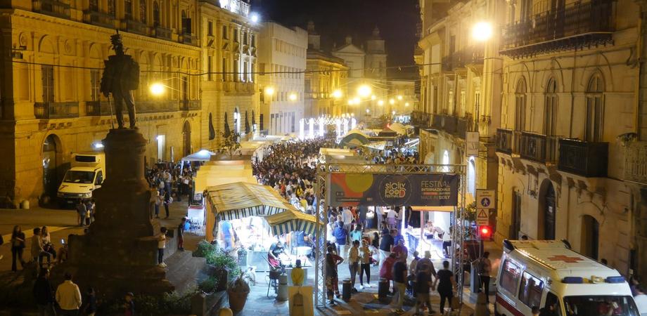 """""""Plastic free"""", oltre duemila kit di stoviglie per il Sicily food festival a Caltanissetta"""