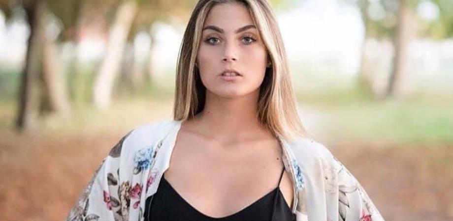 Miss Italia, giovane di Delia tra le finaliste: anche il sindaco invita tutti a votare