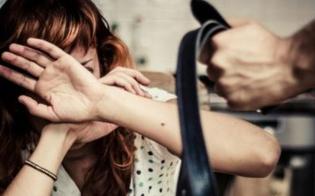 http://www.seguonews.it/caltanissetta-41enne-in-carcere-per-il-reato-di-maltrattamenti-in-famiglia-dovra-scontare-1-anno-e-3-mesi