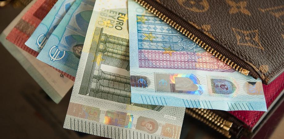 Bonus di 1.000 euro, arriva il pagamento per migliaia di professionisti italiani