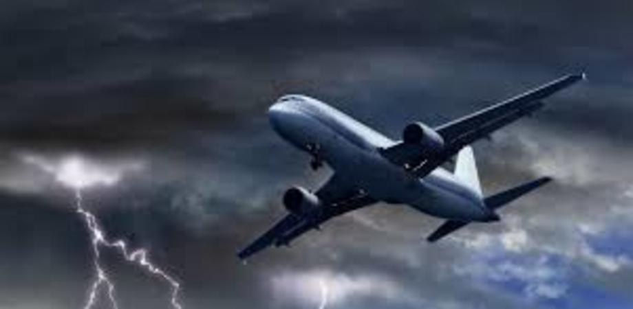 Paura sul volo Lamezia Terme - Berlino: cinque feriti per una violenta turbolenza