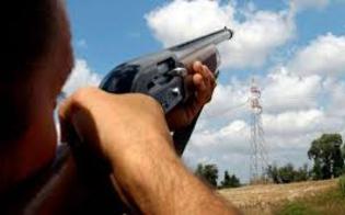 http://www.seguonews.it/sparava-agli-uccelli-trovato-con-49-proiettili-denunciato-a-caltanissetta-un-34enne