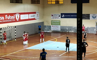http://www.seguonews.it/pro-nissa-futsal-impresa-storica-per-i-ragazzi-di-mister-tarantino-battuto-il-regalbuto