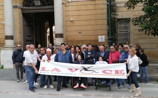 http://www.seguonews.it/servizi-negati-a-caltanissetta-agli-studenti-con-disabilita-pasqua-m5s-disagi-vergognosi-a-causa-della-regione