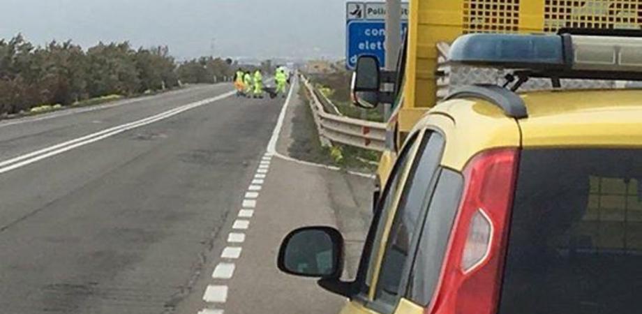 Tir sbanda sulla Ss 190, traffico bloccato a Butera: presente personale dell'Anas