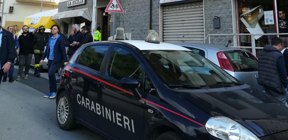 Caltanissetta, entra a casa di un'anziana: migrante arrestato per rapina aggravata e resistenza