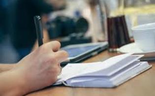 http://www.seguonews.it/la-dislessia-da-disturbo-arisorsa-per-lo-studente-un-convegno-al-teatro-eschilo-di-gela