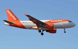 http://www.seguonews.it/maxi-rissa-fra-sette-passeggeri-su-un-volo-easyjet-il-pilota-costretto-ad-un-atterraggio-fuorirotta