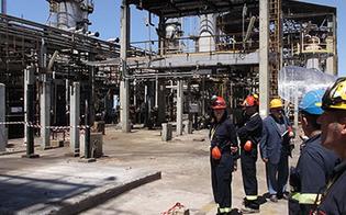 http://www.seguonews.it/partita-dalla-bioraffineria-di-gela-la-prima-nave-di-biodiesel-con-il-suo-carico-e-diretta-in-francia